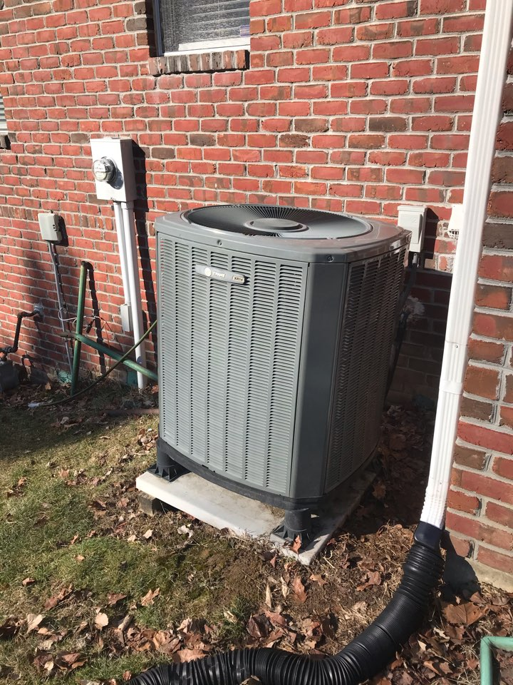Indianapolis, IN - Repairing a Trane heat pump air conditioner furnace