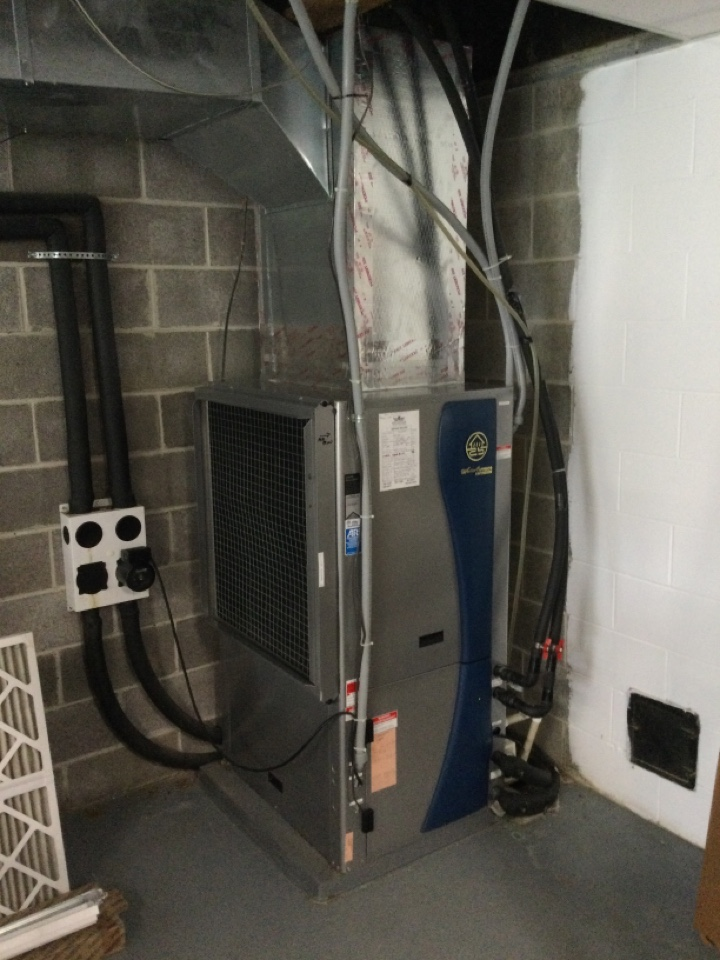 Cloverdale, IN - Waterfurnace air conditioning tune up