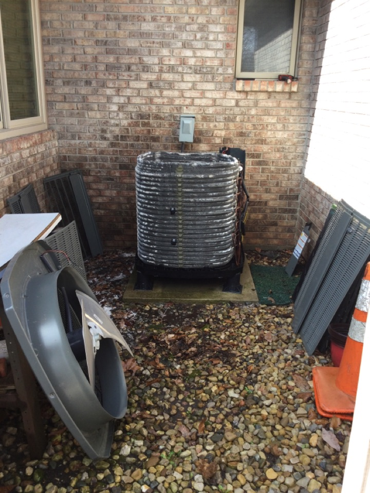 Clayton, IN - Air conditioning tune up