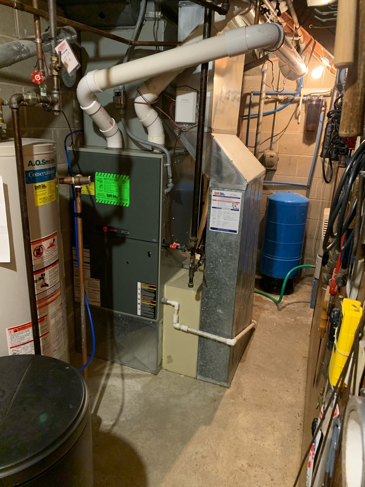 Zionsville, IN - Gas furnace and heat pump repairs