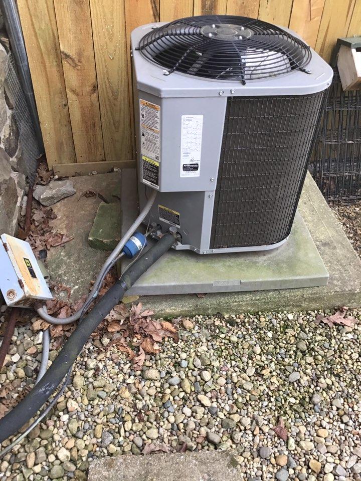 Morgantown, IN - Estimate on new installation of American Standard Heat Pump System.