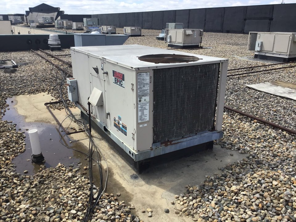 Brownsburg, IN - Estimate on new installation of commercial rooftop unit.