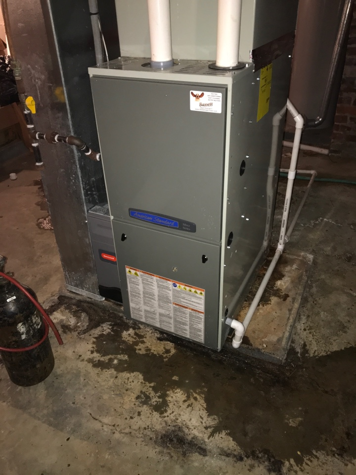 Greencastle, IN - Repairing a American standard gas furnace