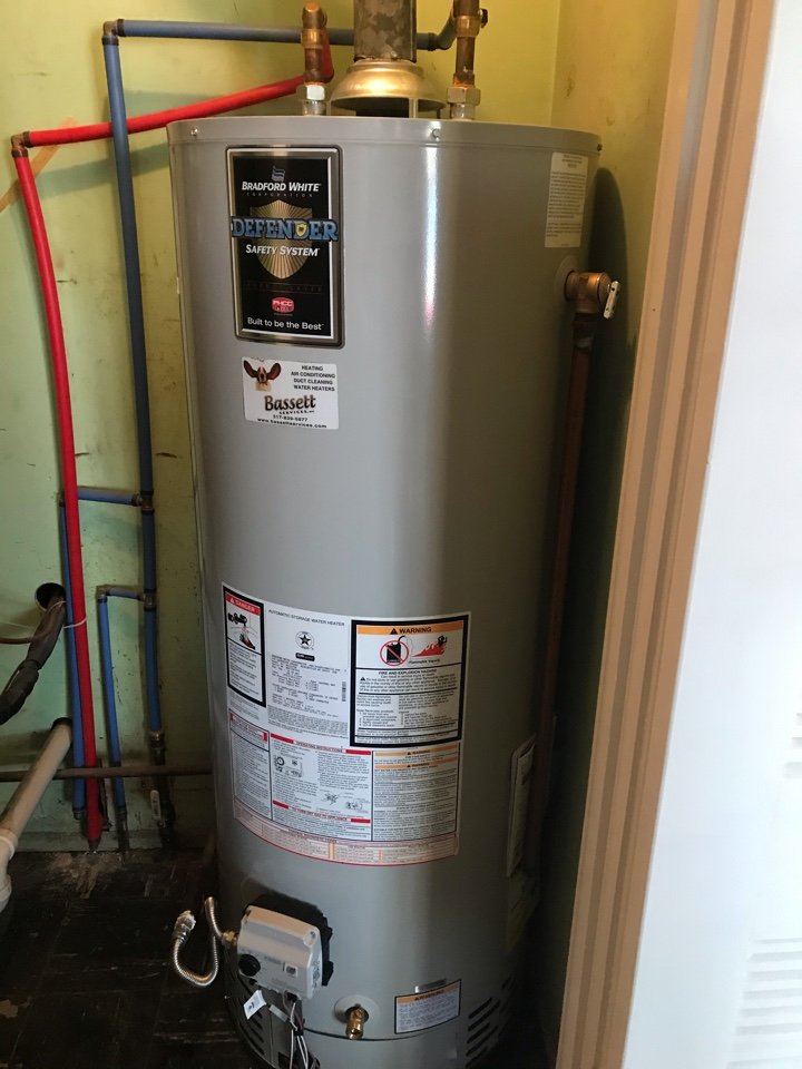 Danville, IN - Installing a new Bradford White gas hot water heater