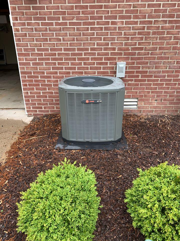 Avon, IN - Annual ac tune up and preventative maintenance on a Trane ac unit.