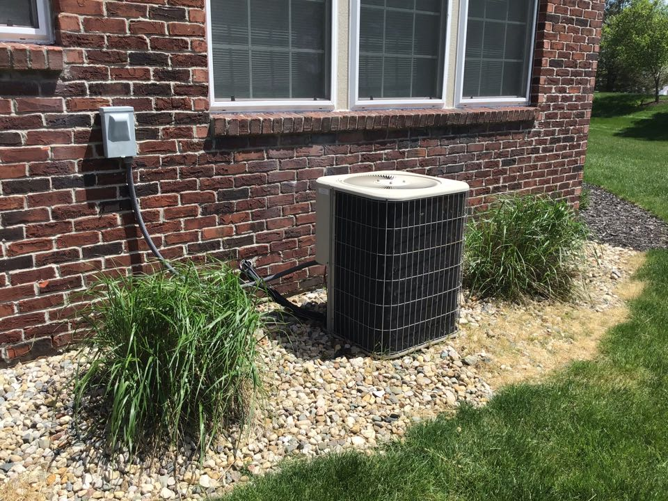 Zionsville, IN - Estimate on New Installation of American Standard Gas Furnace and Air Conditioner.