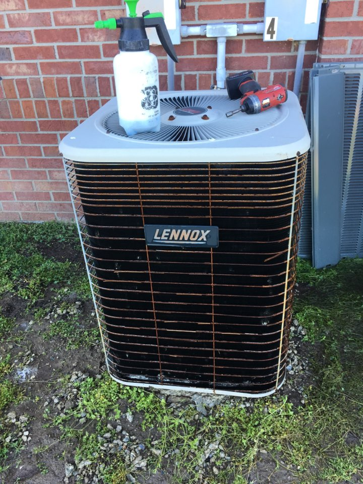 Mooresville, IN - Cooling Maintenance Service Lennox Air Conditioner