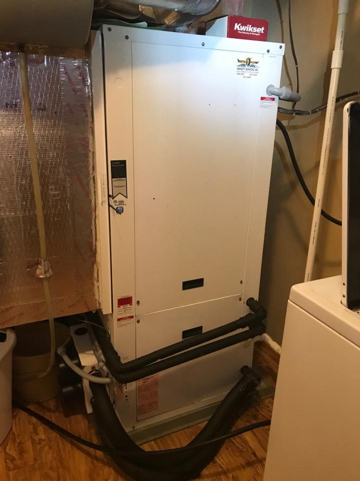 Morgantown, IN - Repairing a Waterfurnace geothermal heat pump air conditioner furnace