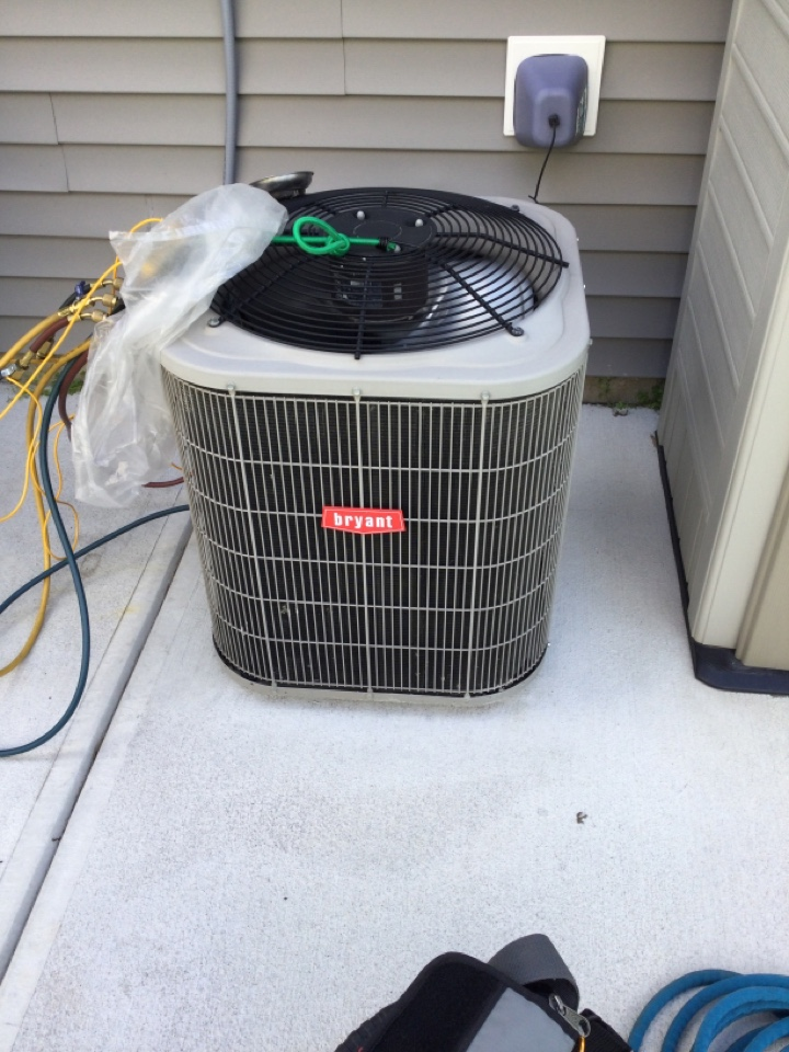 Fishers, IN - Bryant AC unit service maintenance and repair