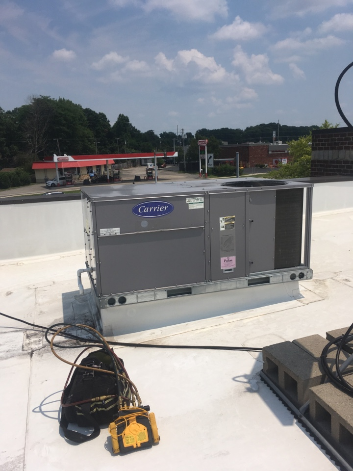 Greenwood, IN - AC Cooling Maintenance Service Carrier Rooftop Package Unit Air Conditioner