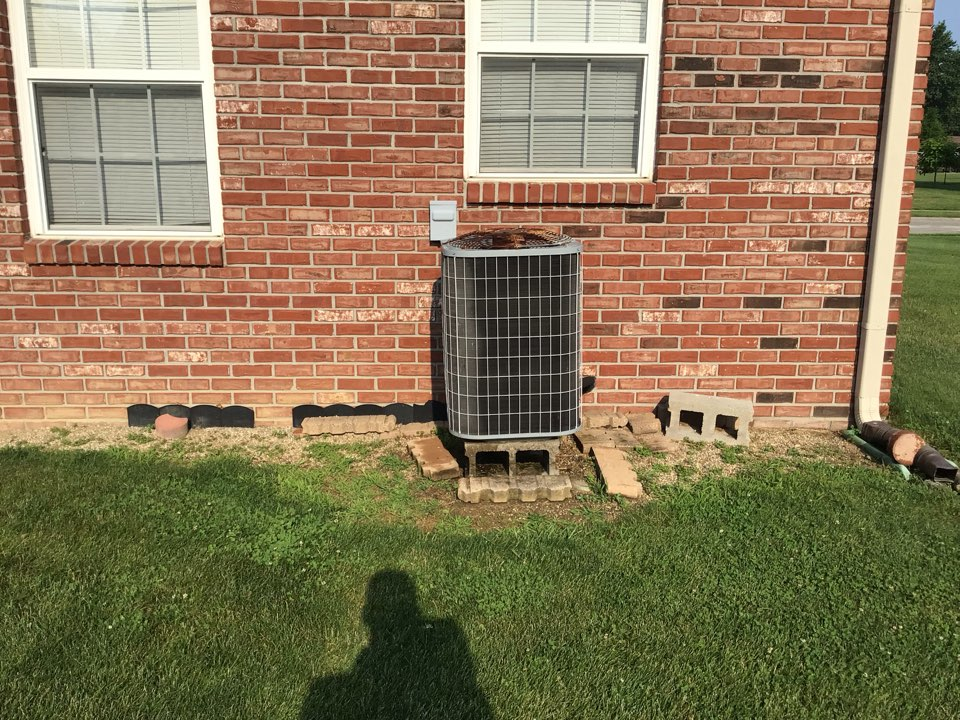 Clayton, IN - Estimate on new installation of American Standard Heat Pump System.