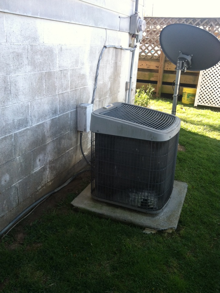 Morgantown, IN - Air conditioner contractor replacement estimate ICP to Trane
