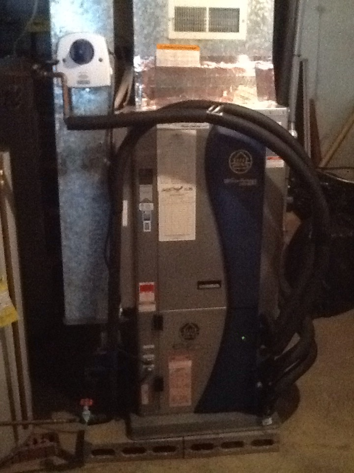 Morgantown, IN - AC Cleaning on Water Furnace Geo Thermal Unit with Honeywell UV Light