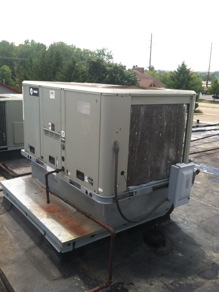Monrovia, IN - Service on trane roof top heating system