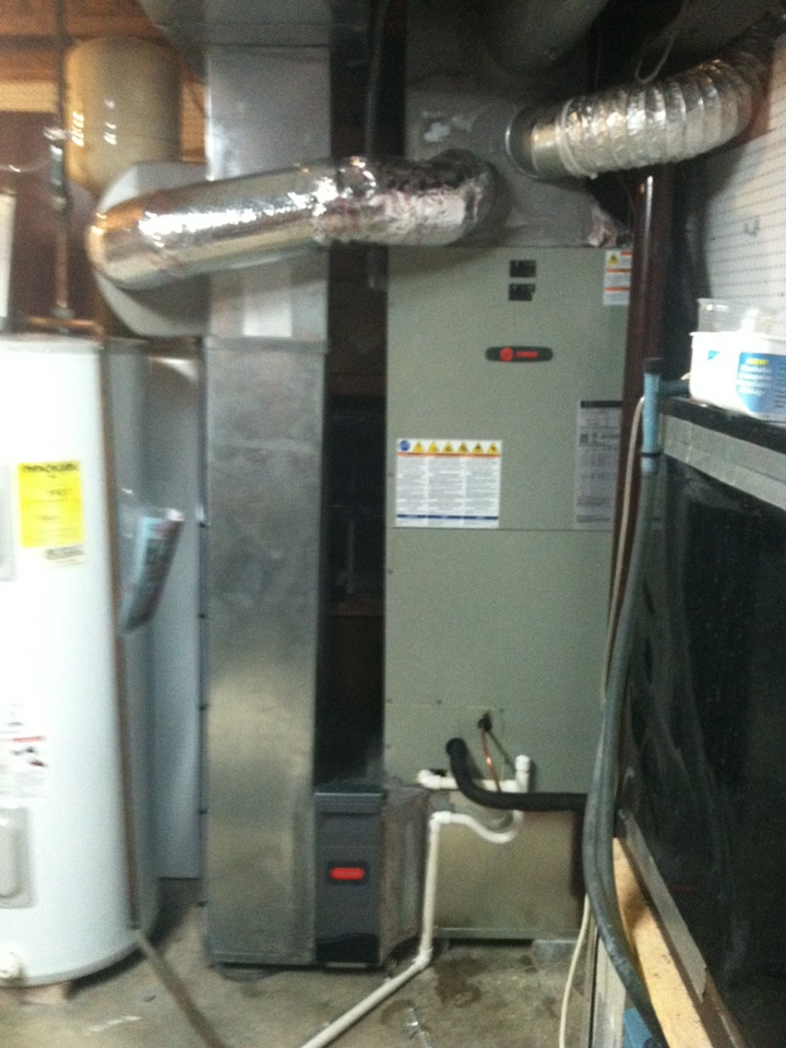 Zionsville, IN - Installed new American standard humidifier
