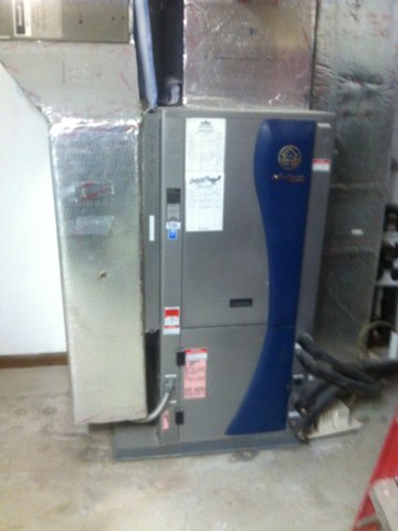 Martinsville, IN - Repairs on a Waterfurnace air conditioner