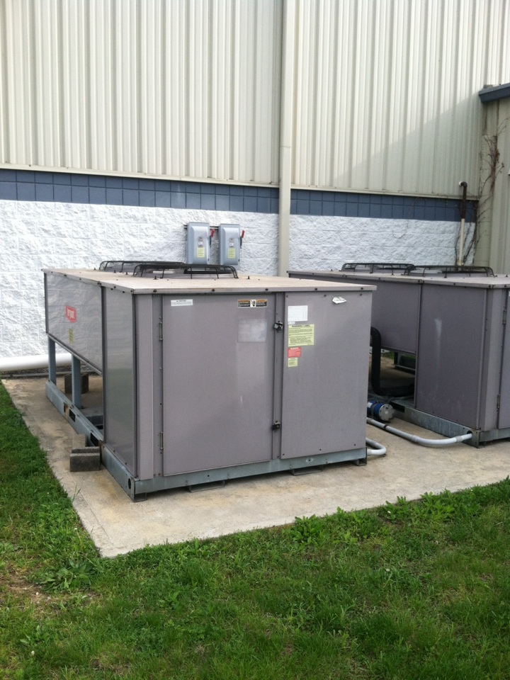 Mooresville, IN - Annual cooling tune up on Carrier AC units