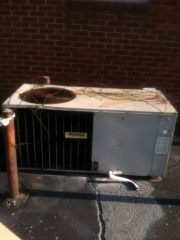 Indianapolis, IN - Cleaning and servicing a janitrol air conditioner