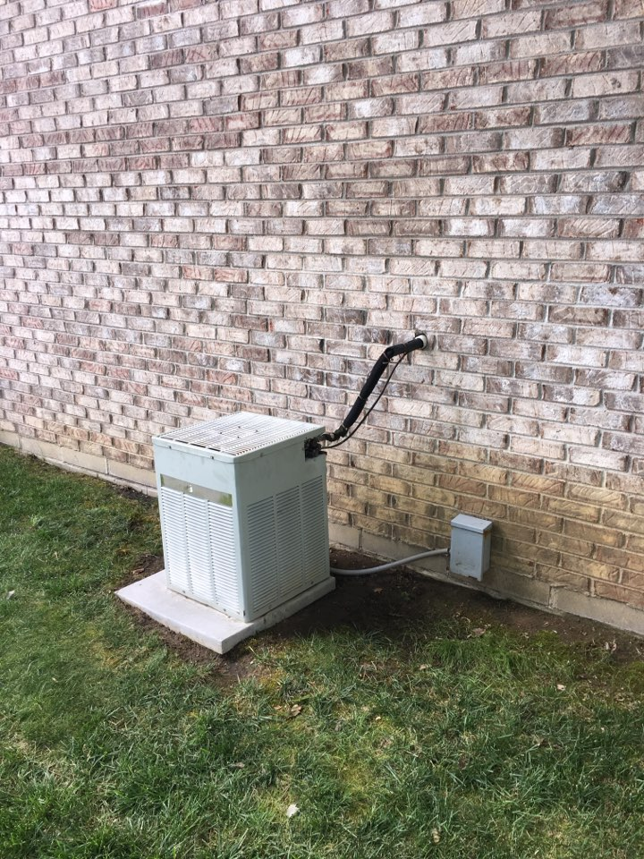 Mooresville, IN - Service call repair on Trane AC unit