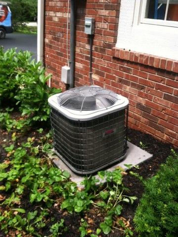Zionsville, IN - Repairing a Heil  air conditioner