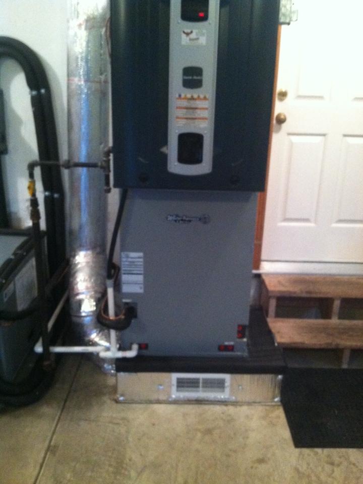 Mooresville, IN - Installation of American standard furnace geo split