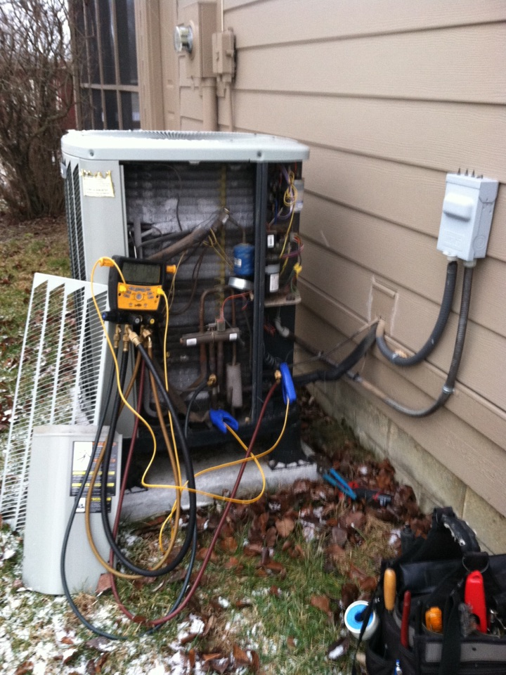 Indianapolis, IN - Service call repair on Trane heat pump.
