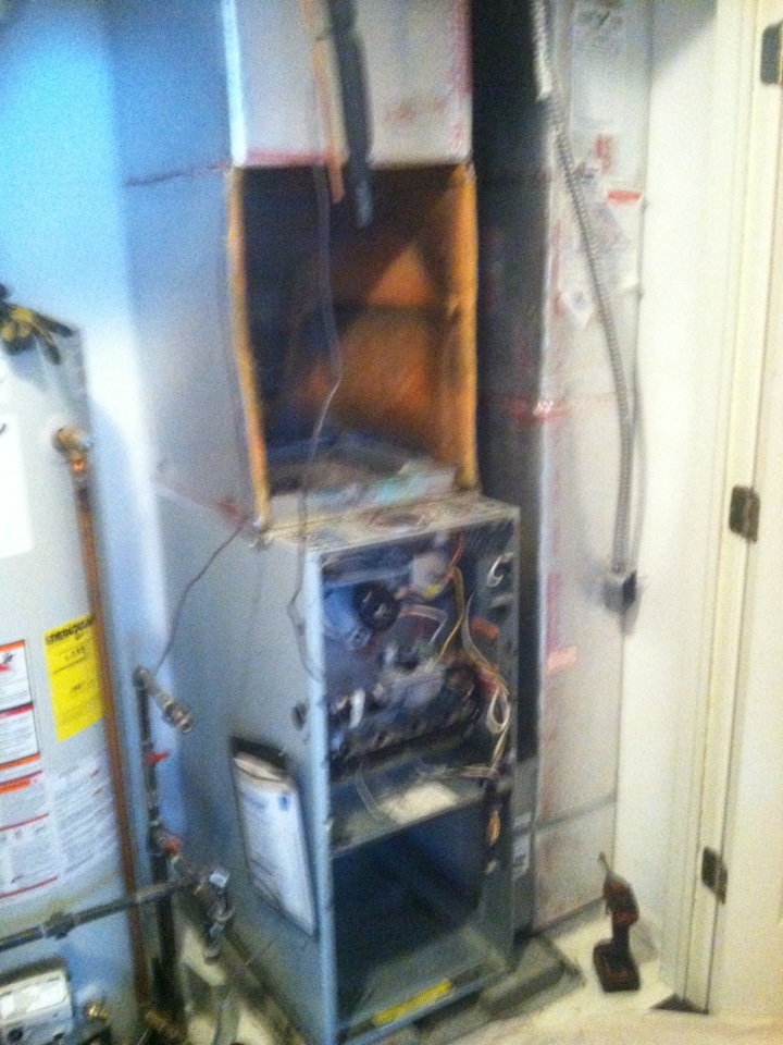 Zionsville, IN - Removing old system and replacing and upgrading to new more efficient system