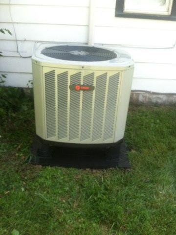 Avon, IN - Repairing a Trane heat pump air conditioner