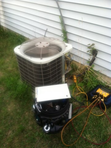 Plainfield, IN - Repairing a Bryant air conditioner