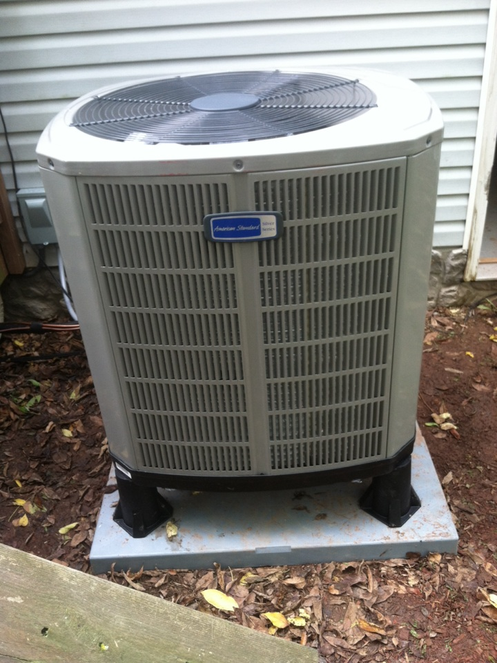 Bainbridge, IN - Installed air handler and heat pump