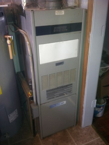 Morgantown, IN - Repairing and servicing a Heil gas furnace