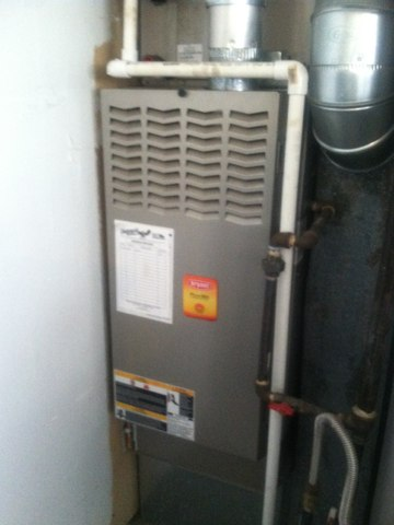Avon, IN - Repairing and servicing a Bryant  gas furnace