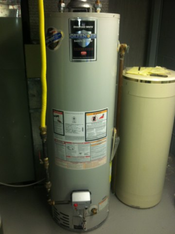 Speedway, IN - Repairing and servicing a Bradford White gas hot water heater