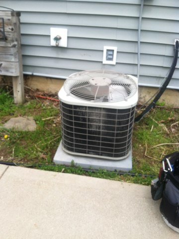 Danville, IN - Repairing a Bryant gas furnace and air conditioner