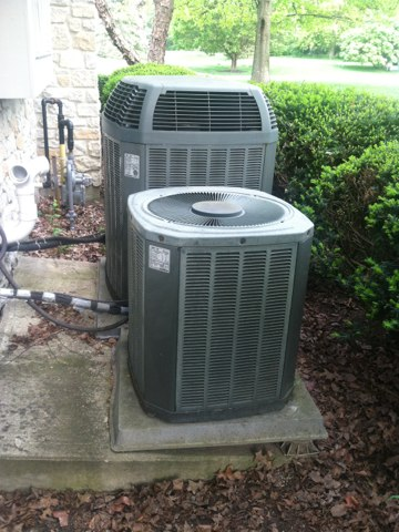 Carmel, IN - Servicing and repairing a Trane air conditioner