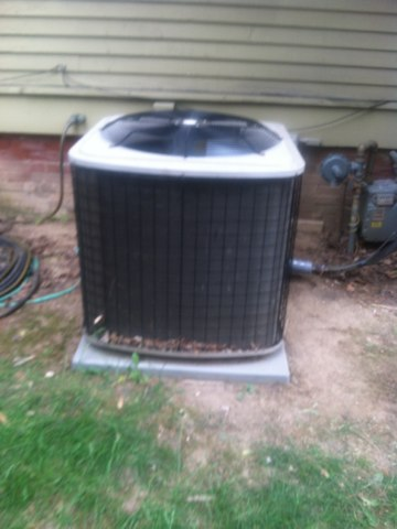 Carmel, IN - Servicing and repairing a Bryant air conditioner and heat pump