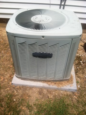 Coatesville, IN - Servicing and repairing a Trane air conditioner and heat pump
