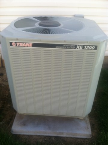 Pittsboro, IN - Repairing a Trane air condition heat pump