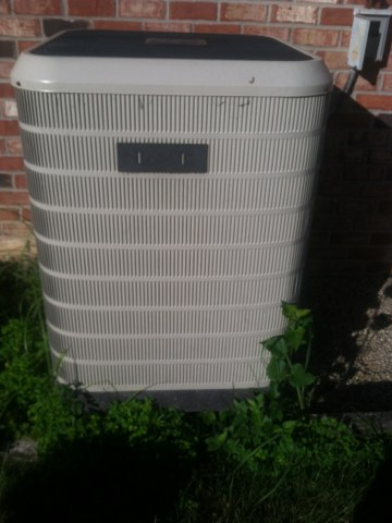 Indianapolis, IN - Working on a Intertherm  air conditioner heat pump