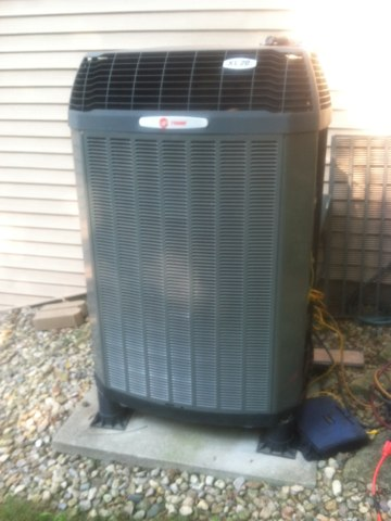 Mooresville, IN - Repairing a Trane air conditioner heat pump