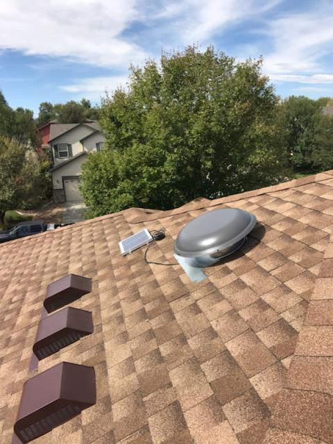 Longmont, CO - Residential roof replacement using Shakewood GAF Timberline HD shingles in Longmont, Colorado.