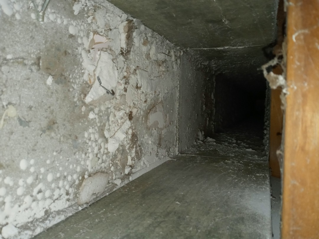 Air duct cleaning in Maumee