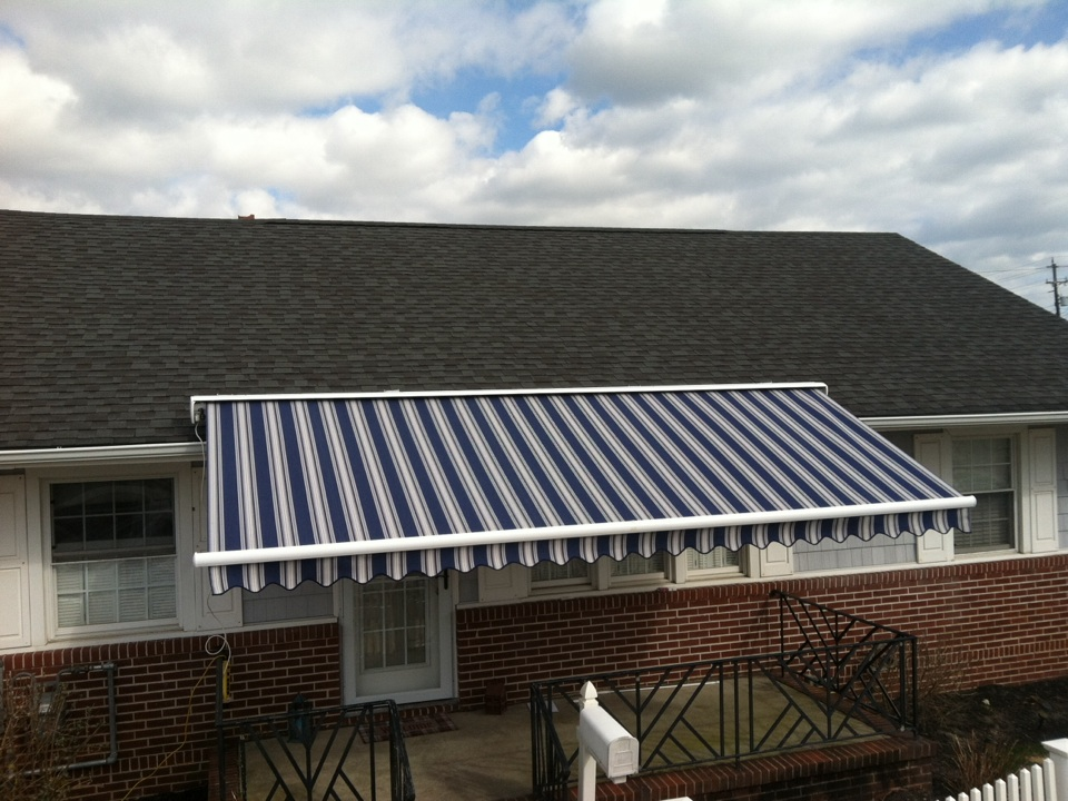 Longport, NJ - An Aristocrat Craftbilt Estate Roof mounted Retractable Awning by MiamiSomers, South Jersey's Premier  Retractable Awning Dealer!