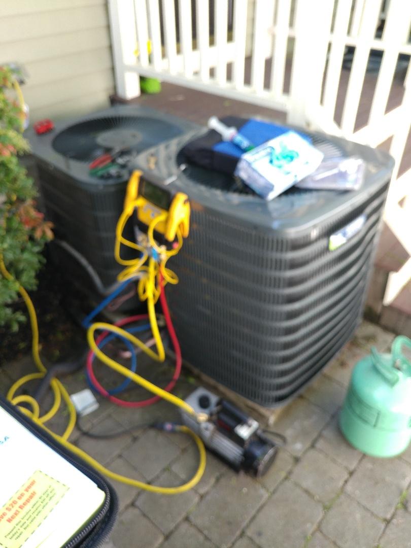 Waltham, MA - AC condenser install