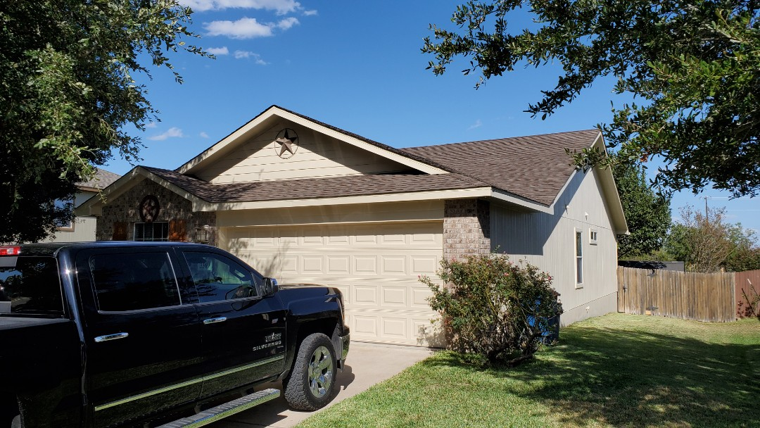 New Braunfels, TX - We installed Rustic Slate Tamko Heritage shingles on a single story home in New Braunfels. They are actually neighbors to another Feller customer. Come see the beauty!