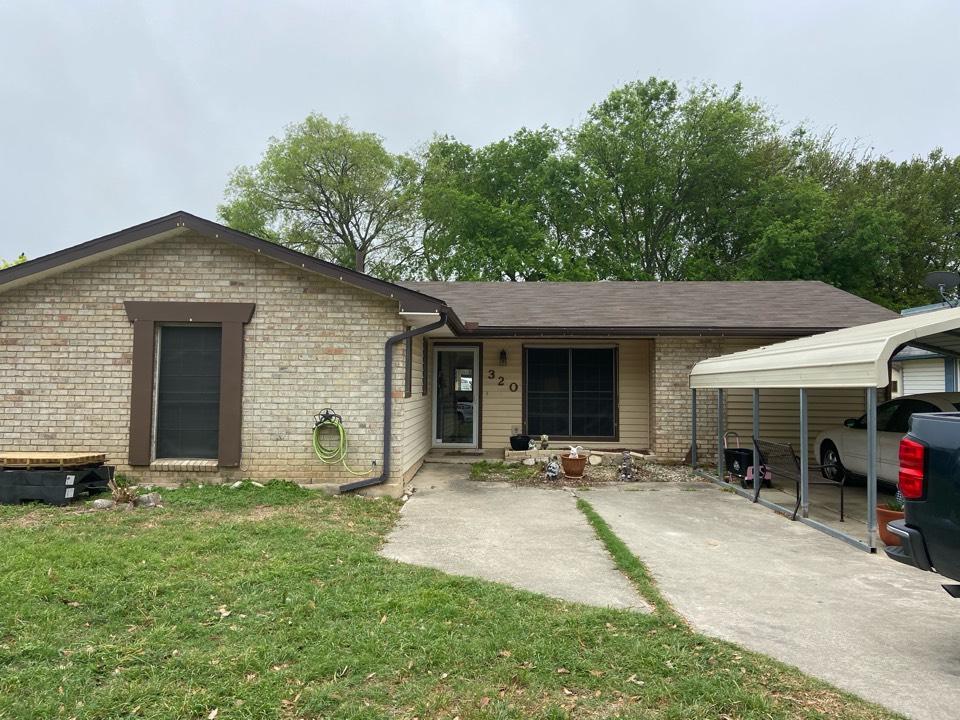 Schertz, TX - We installed Ash Brown GAF 3-Tab shingles on a single story home in Schertz.