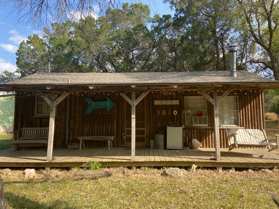 New Braunfels, TX - We installed weathered wood GAF Natural Shadow shingles on a vacation home in New Braunfels on River Road.