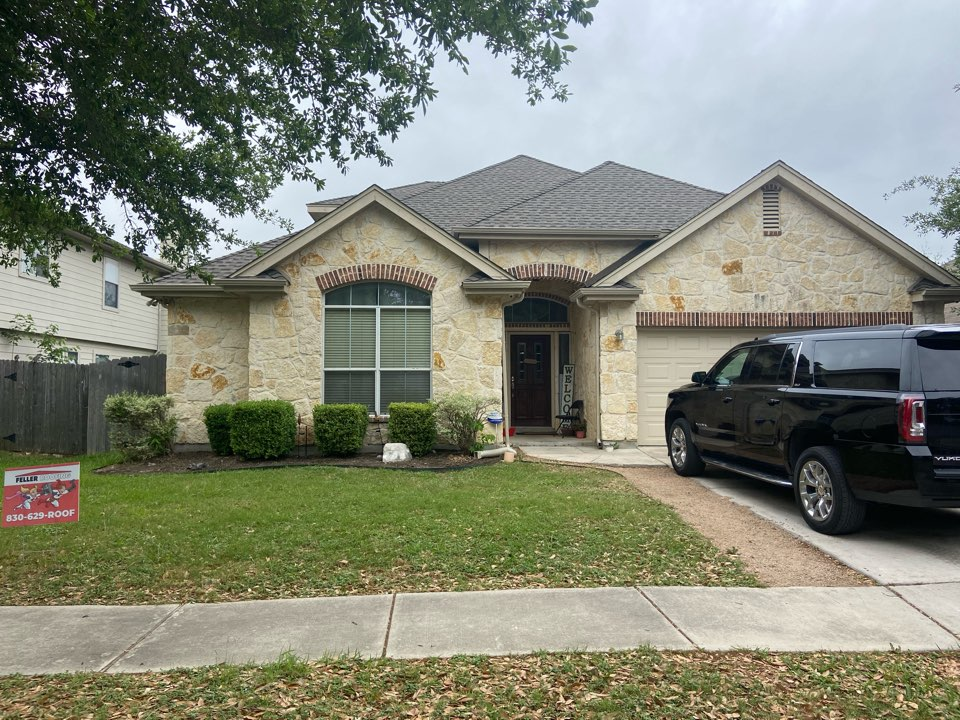 New Braunfels, TX - We installed weathered wood GAF HDZ Shingles in a single story home in New Braunfels.