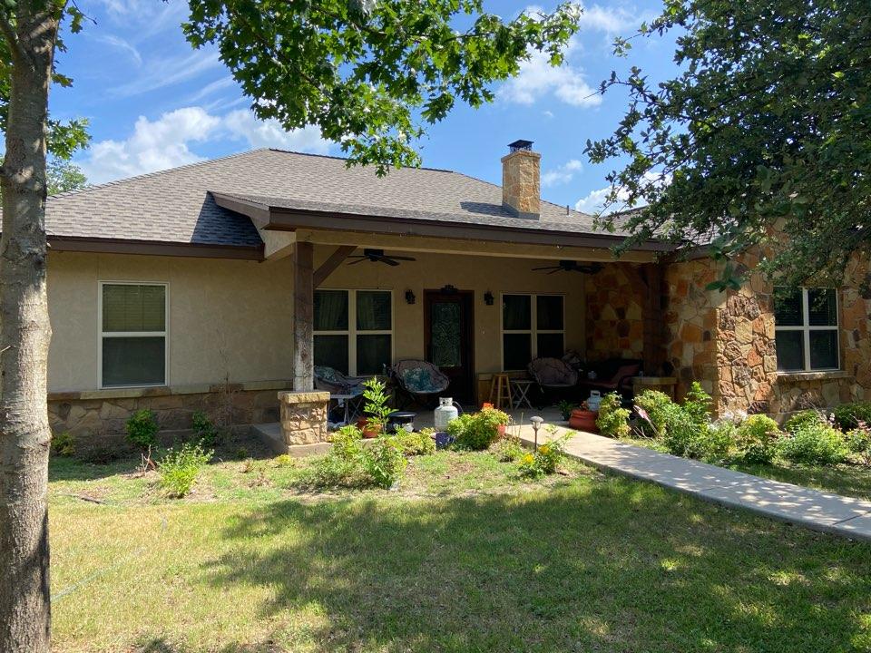 Canyon Lake, TX - We installed GAF HDZ weathered Wood shingles on a single story home in Canyon Lake.