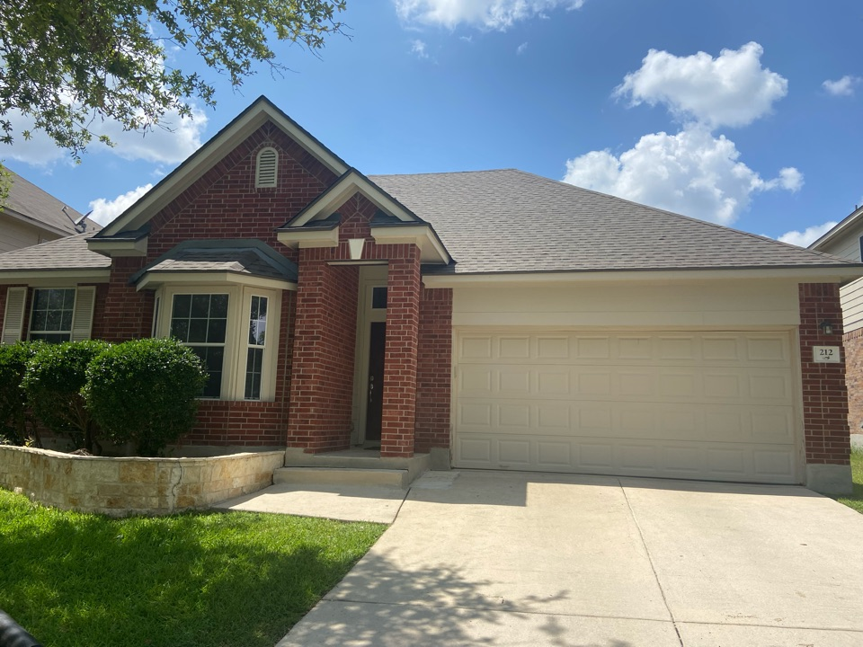 Cibolo, TX - We installed weathered wood Tamko Heritage  dimensional shingles on a single story home in Cibolo.